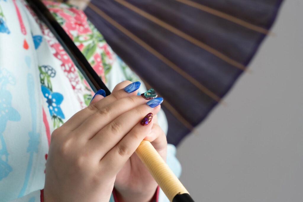 艶々でもちがいい♪『carlynail カーリーネイル 豊見城 那覇店 』の爪にやさしいネイルで気分をアゲていこう! 豊見城市真玉橋 / CELEBRATIONS maki
