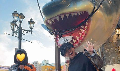 嘉数ゆりオススメ!迫力あるマジックショーが楽しめる『海の魔法レストラン MAGIC OCEAN』|北谷町字美浜